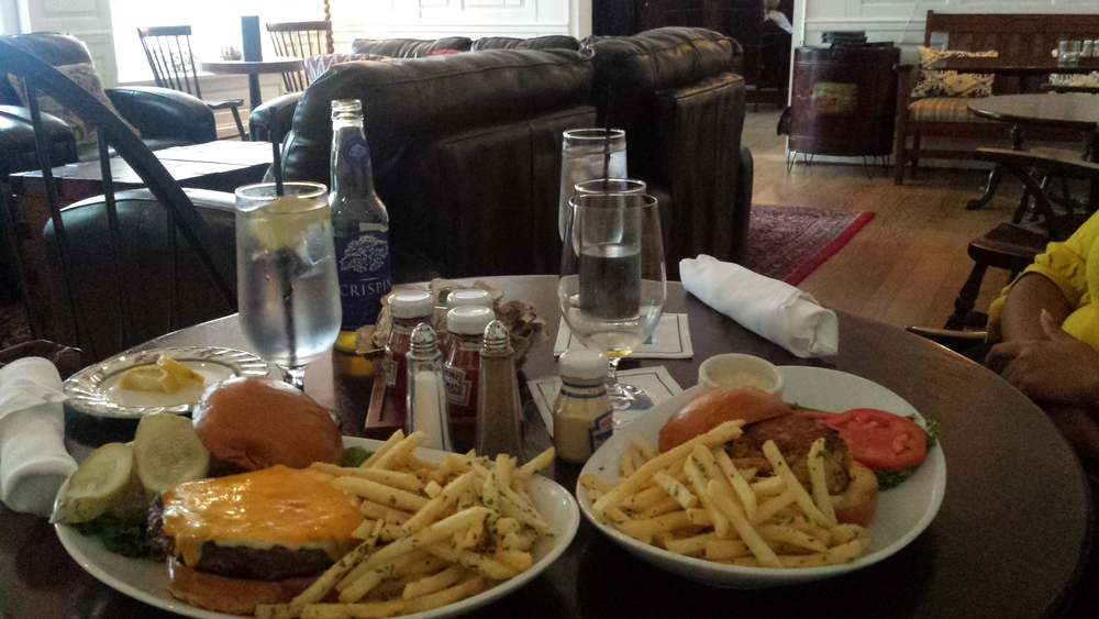 Lunch at Pursers Pub
