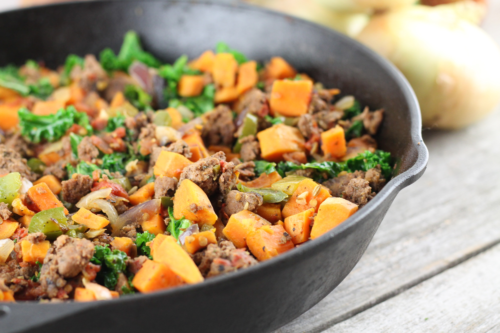 paleo, vegetables, kale, sausage, eat clean, clean eats, skillet, cast iron
