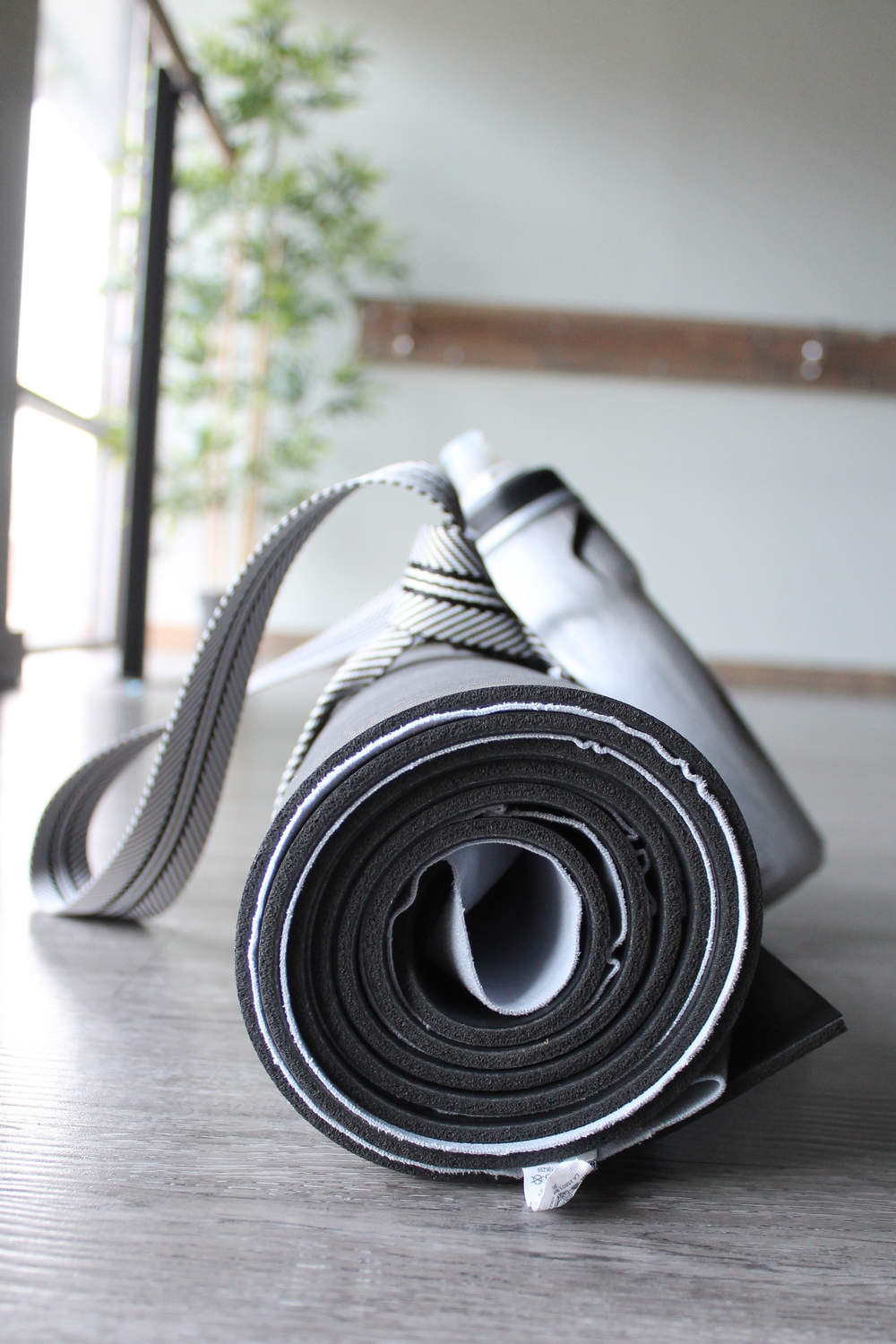 The mat, lululemon, Yoga, Yogi, Restoration, Core, Flexibility, Fitness Review