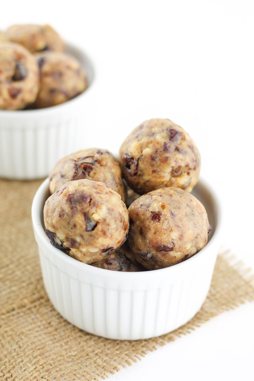 Paleo energy bites, Paleo energy balls, almond butter balls