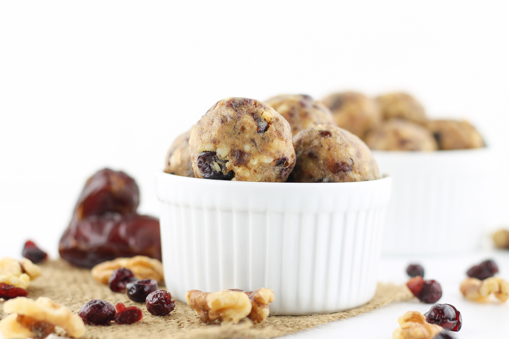 real food energy balls, paleo, no added sugar, paleo snacks, paleo treats, walnuts, cranberry