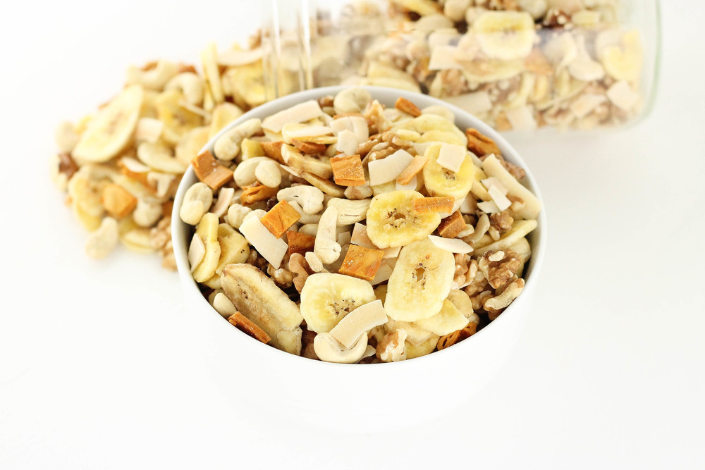 Healthy snacks, Hiking, Quick, Simple, Trail Mix, Homemade, No additives, Chemical free