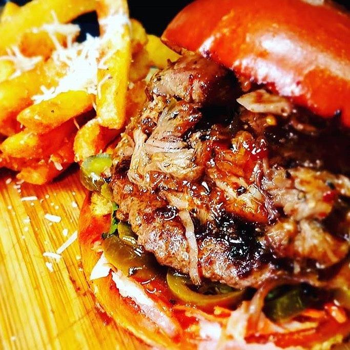 bahn mi burger.jpg