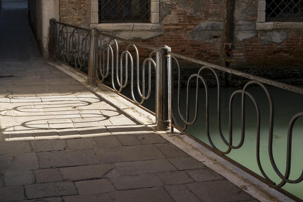 Venice-RailingLight2-20140525-DSCF6348.jpg
