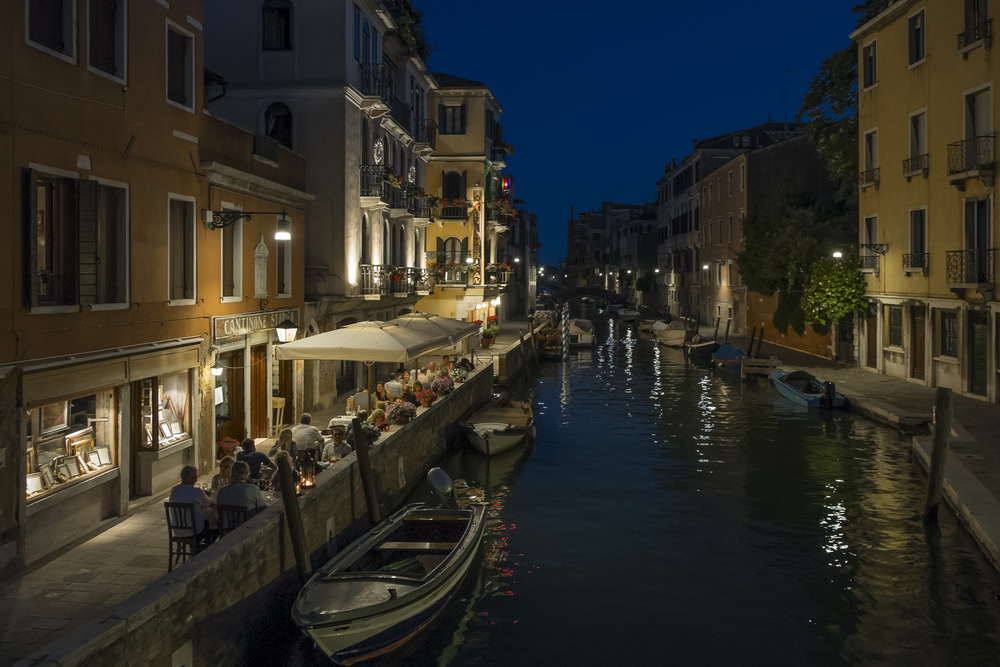 Venice-HotelAmericanNight-20140524-DSCF6188.jpg