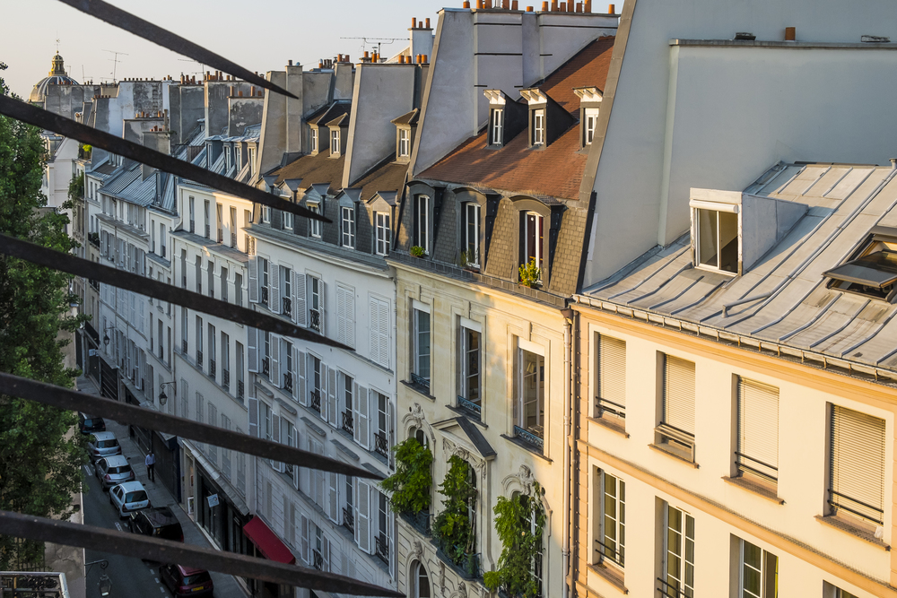 Paris-RuedeSeineTopFloor-20130707-DSCF3707.jpg