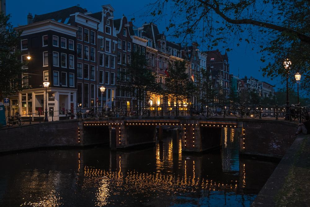 Amsterdam-HerengrachtNightView-20130619-DSCF0958.jpg