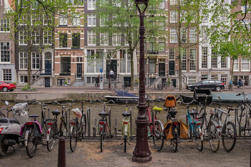 Amsterdam-Canal&SpringTrees-20130619-DSCF0832.jpg