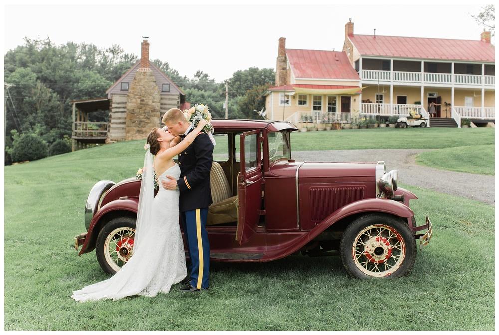vintage_car_Potomac_on_the_river_venue_Navy_wedding_Natalie Jayne Photography_image