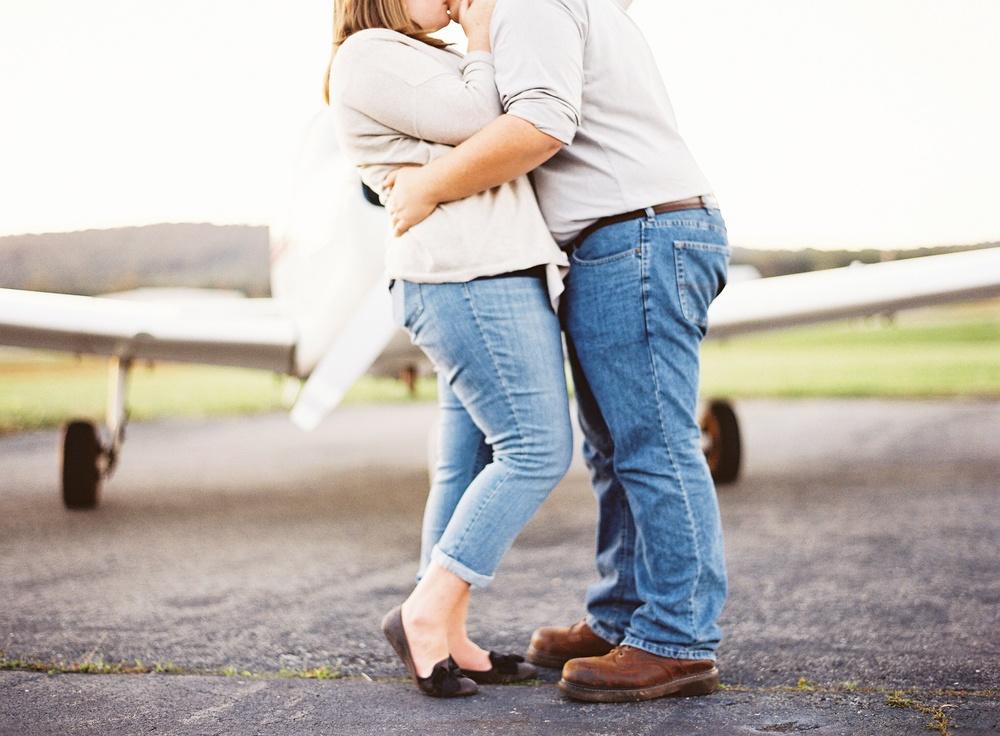 Natalie-Jayne-Photography-Orange-County-VA-airport