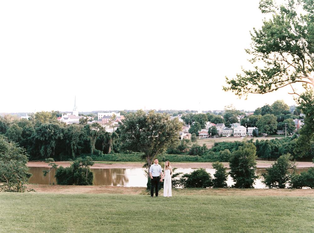 fredericksburg_anniversary_natalie_jayne_moore_photography_image-01-3.jpg