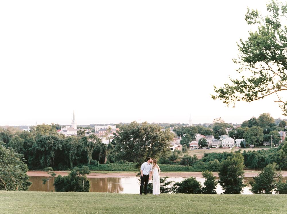 fredericksburg_anniversary_natalie_jayne_moore_photography_image-04-4.jpg