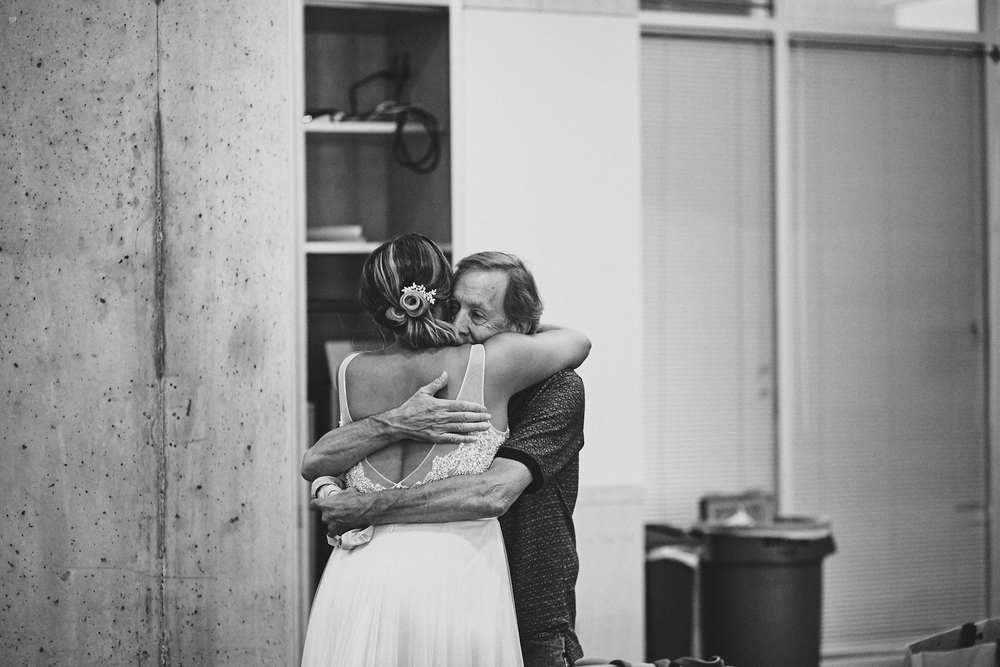 Amy_And_Rob_Minneapolis_Stone_Arch_Wedding_Photography_For_Blog_By_Twin_Cities_Photographer_Joe_Lemke_015.JPG