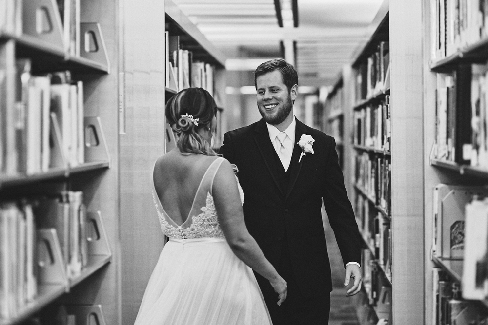 Amy_And_Rob_Minneapolis_Stone_Arch_Wedding_Photography_For_Blog_By_Twin_Cities_Photographer_Joe_Lemke_019.JPG