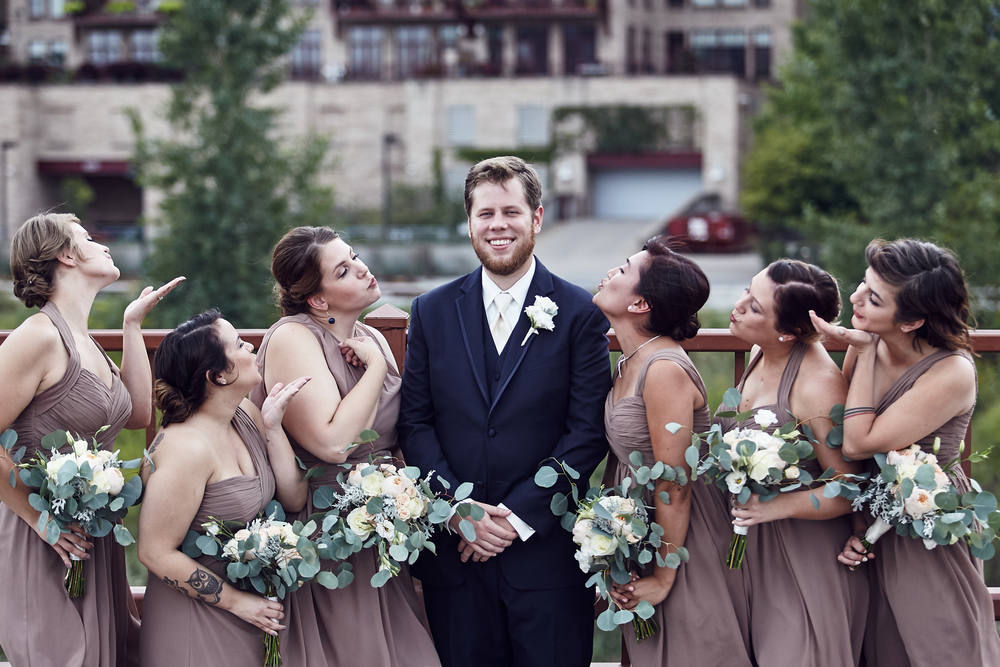 Amy_And_Rob_Minneapolis_Stone_Arch_Wedding_Photography_For_Blog_By_Twin_Cities_Photographer_Joe_Lemke_030.JPG