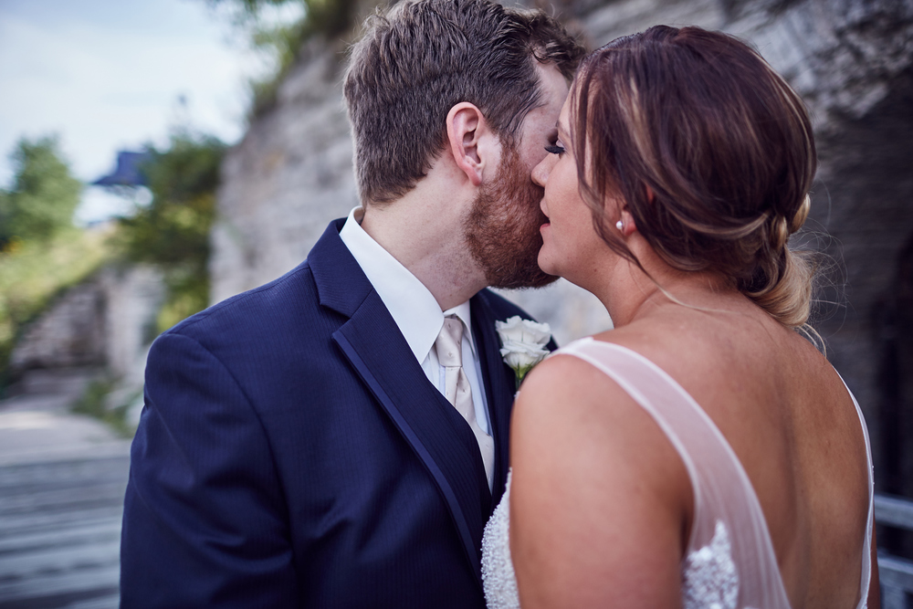 Amy_And_Rob_Minneapolis_Stone_Arch_Wedding_Photography_For_Blog_By_Twin_Cities_Photographer_Joe_Lemke_040.JPG