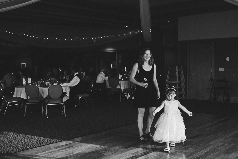 Jess_Nolan_Second_Shooter_Wedding_Photography_Minnesota_For_Blog_2048_006.JPG