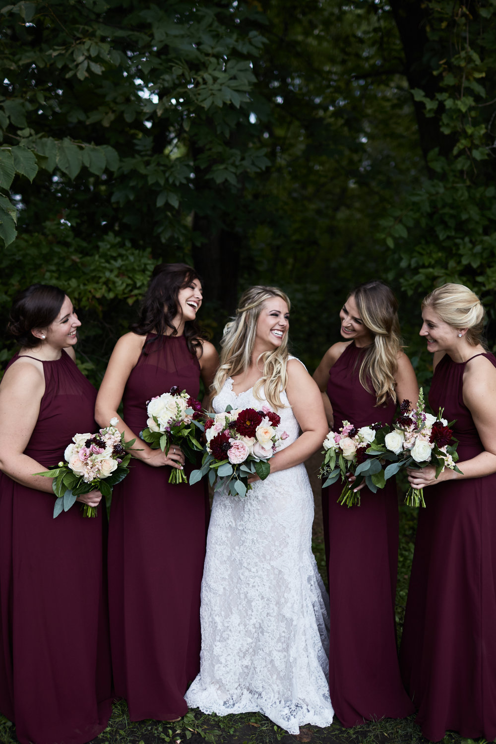 Twin_Cities_Minneapolis_Minnesota_Wedding_Photographer_Candid_Barn_Rustic_Outdoor_Joe_Lemke_033.JPG