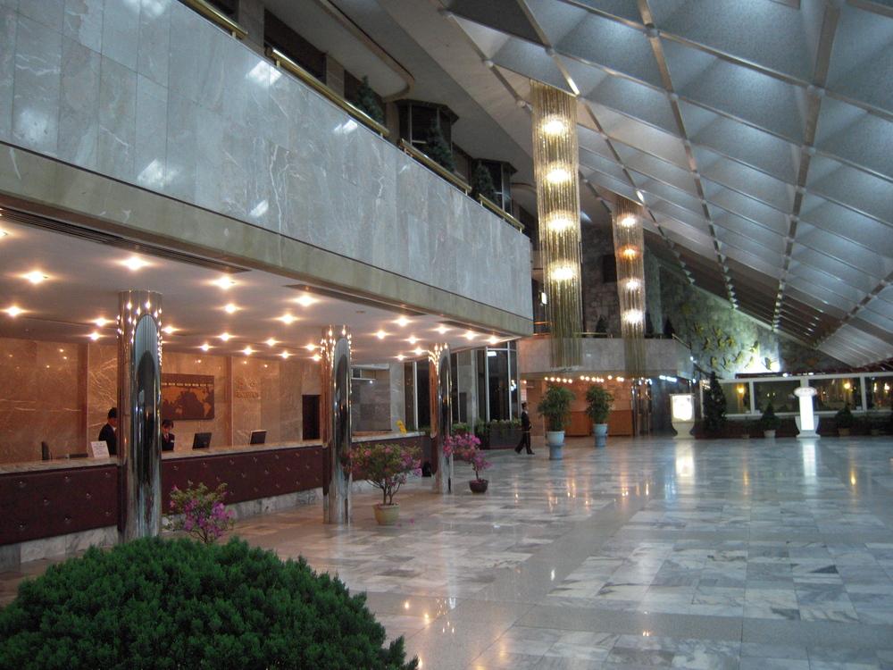 Hotellin autio aula