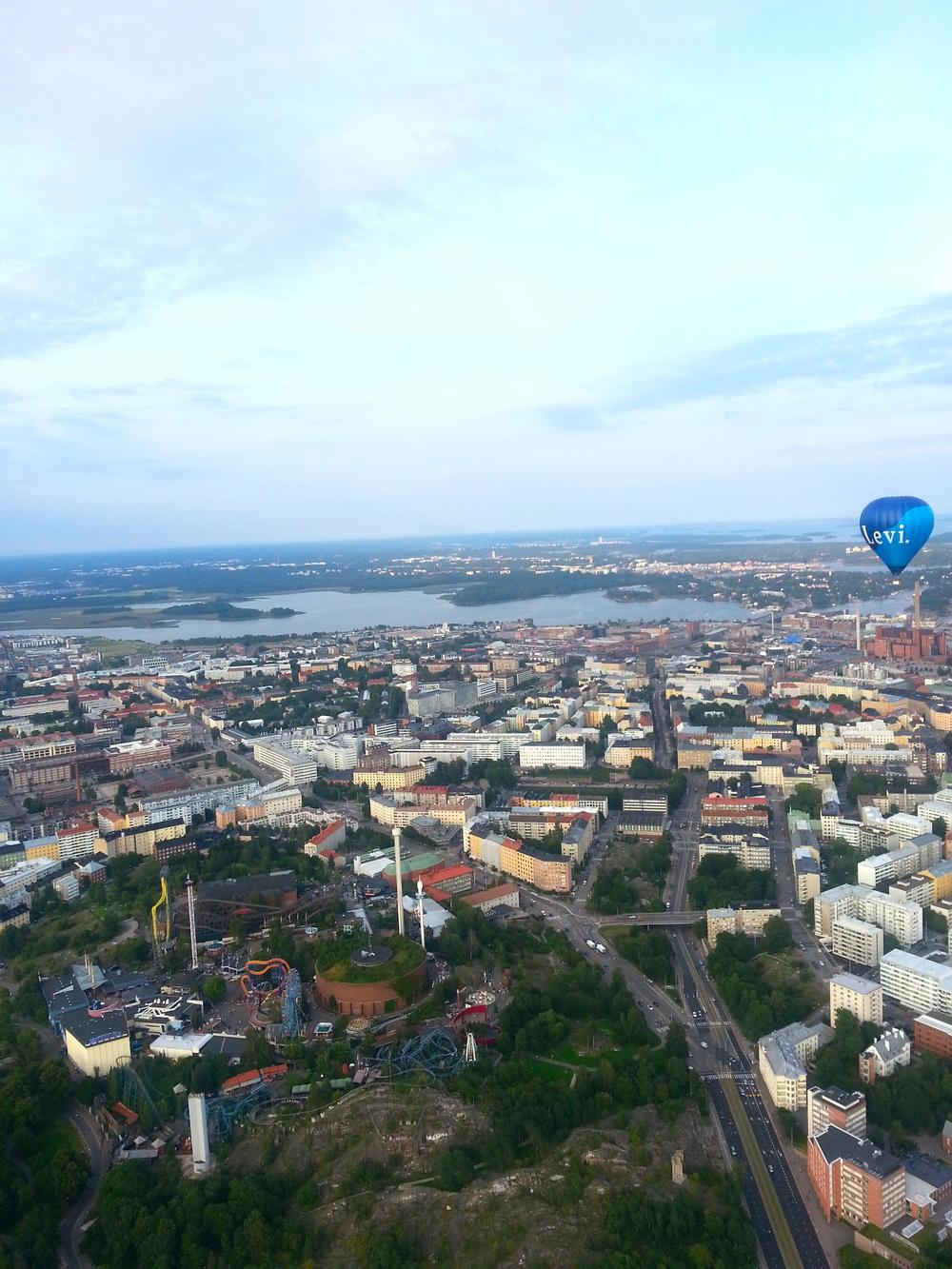 Kuumailmapallolento Helsingin yllä