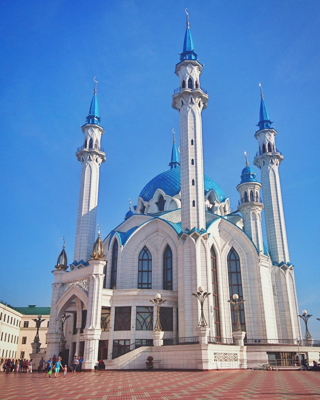 Kazan ja sinikattoinen moskeija