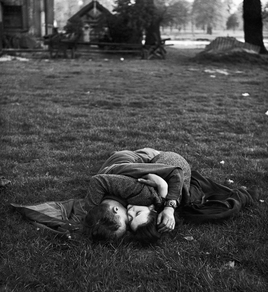 Though WWII did afford the chance for some lovers to meet despite being from other sides of the world. Here, an American soldier embraces his English lady