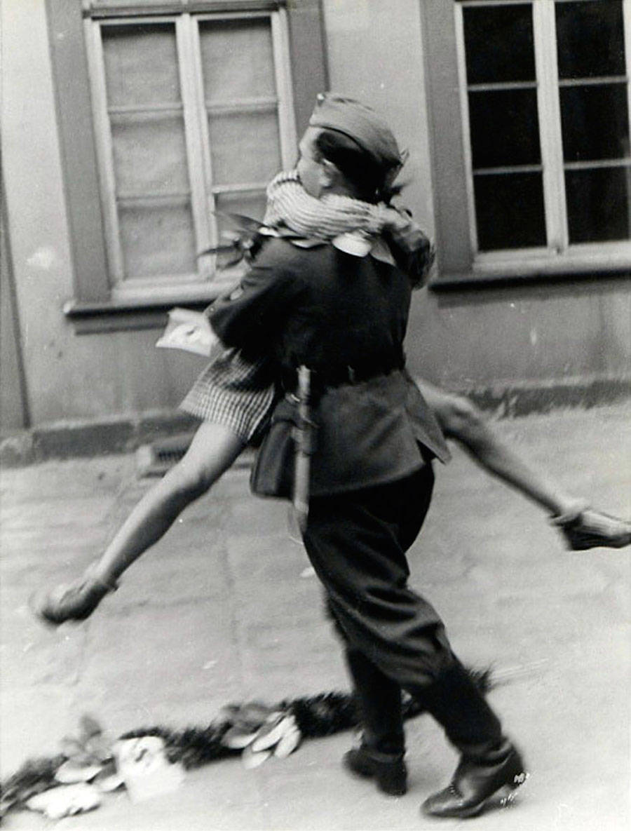 A special homecoming during WWII, Britain