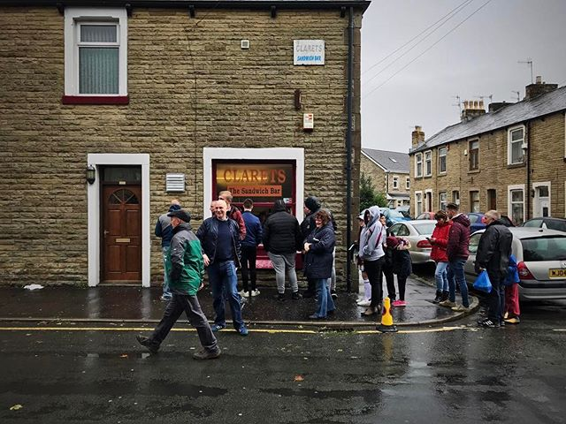 Sunday lunch. #football #match #matchday #epl #burnley #bright #hivisibility #crowd #people #life #street #food #sandwich
