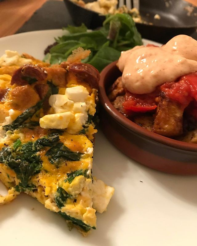 #chorizo #ricotta and #spinach #frittata. Is this Spanish? Think so. Google it if you're arsed.