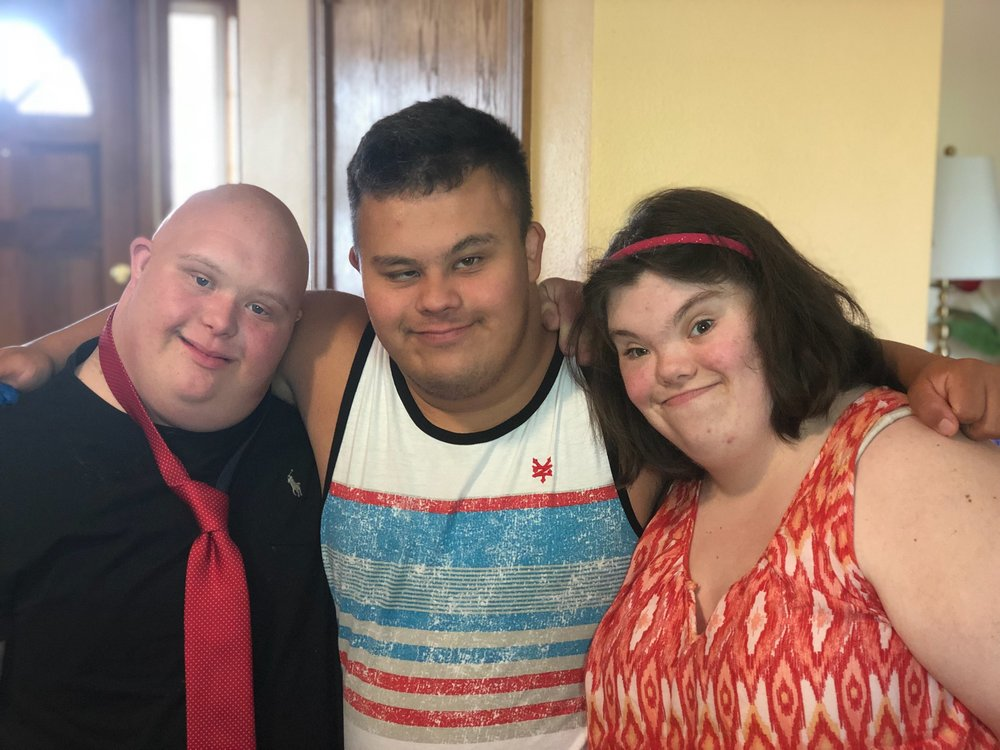 Based in Newberg Oregon, young adults with Down Syndrome meet weekly to give and receive peer support.  Together, they engage others and the world around them in new, creative ways!   Surrounding communities are welcomed to join us!