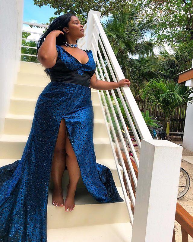 Reign in Stächa Gown and Choker 👑 •• •• •• •• #StachaHuis #StachaSquad #art #design #travel #lifestyle #pretaporter #handmade #womensfashion  #luxury #glam #custom #satorial #curve #curvefashion #fashion #dresses #womenswear #exclusive #NYC  #fashion #highfashion #gown #blackdesigners #Suriname #SouthAmerica
