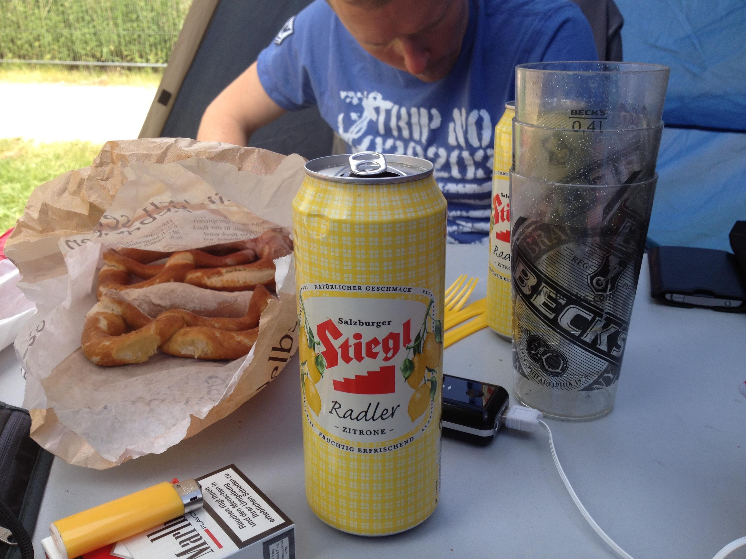 Alibi-Frühstück (Rock im Park 2012)