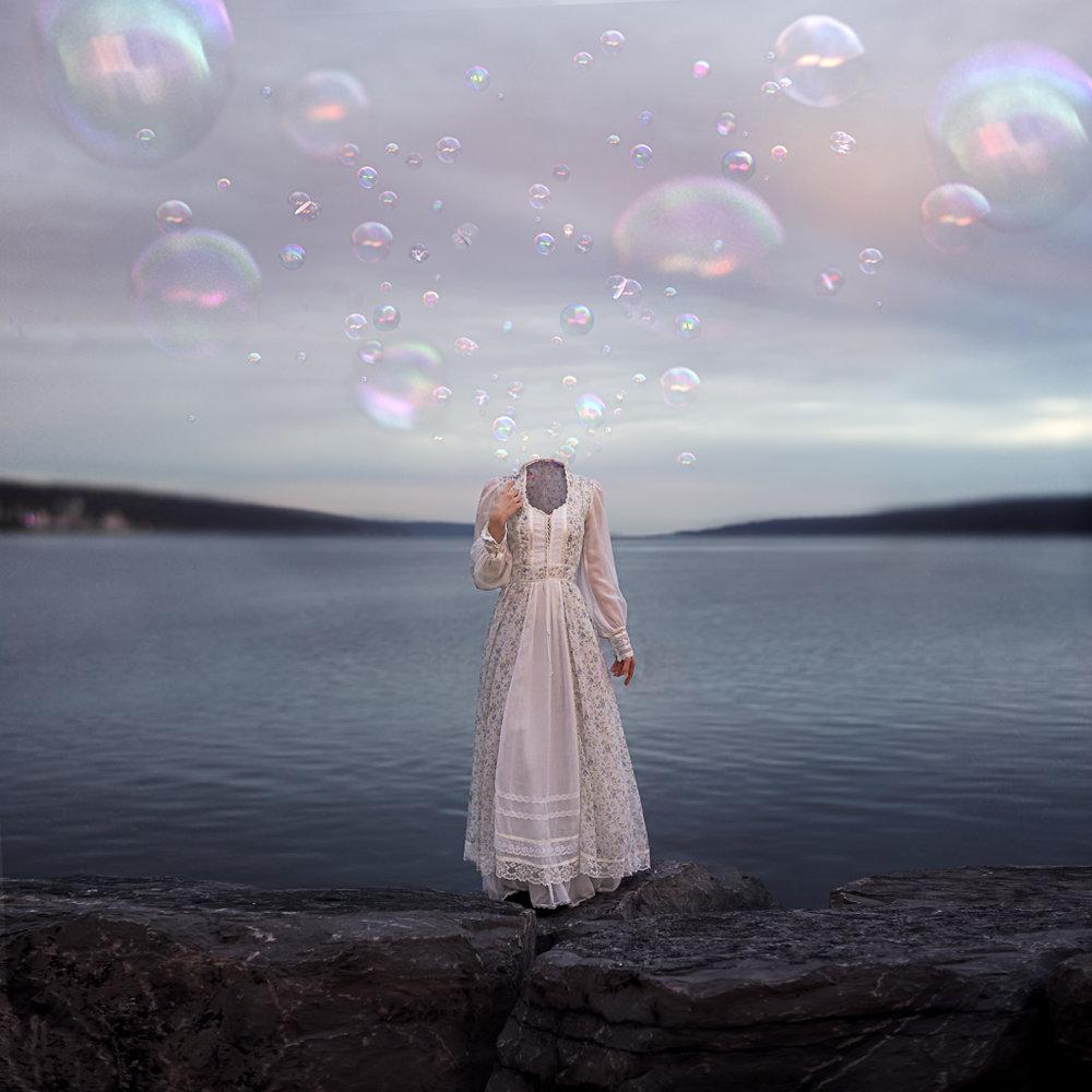 MarisaSWhite-BringYourOwnSun-ExhibitionLatelaArtGallery