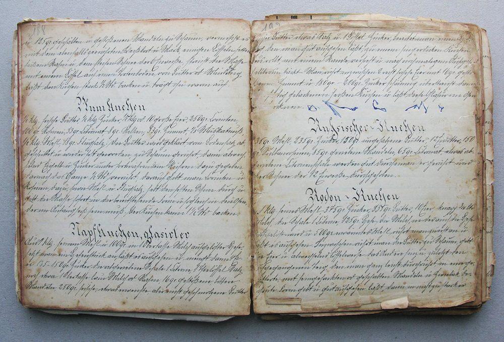 Rumkuchen - Napfkuchen, glasierter - Russischer Kuchen - Rodon Kuchen © Auteurs inconnus, droits réservés