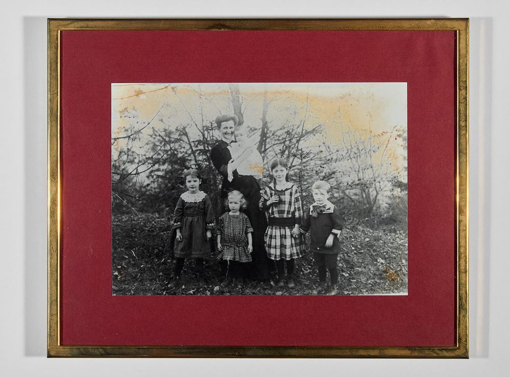 Hedwig Schmitz-Fürstenberg et ses 5 enfants / und ihre 5 Kinder, ca. 1916 © photographe inconnu, droits réservés