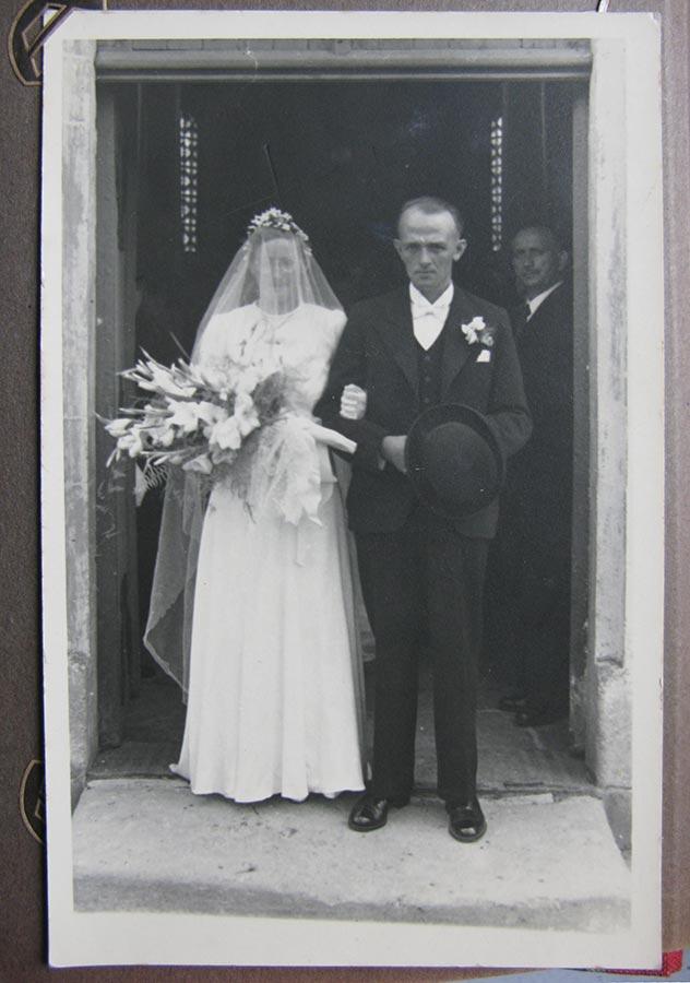 Mariage / Hochzeit Gertrud Schmitz - Théodore Mangen, 1941 © photographe inconnu, droits réservés