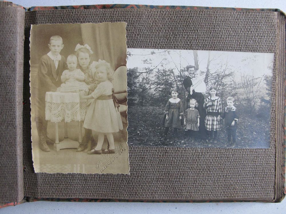 A droite / rechts, Hedwig Schmitz-Fürstenberg et ses 5 enfants / und ihre 5 Kinder, ca. 1917 © photographe inconnu, droits réservés
