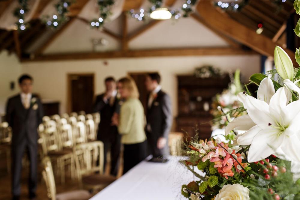 Tudor_Barn_Wedding_08