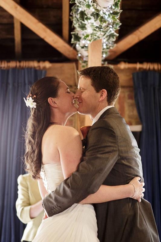 Tudor_Barn_Wedding_18