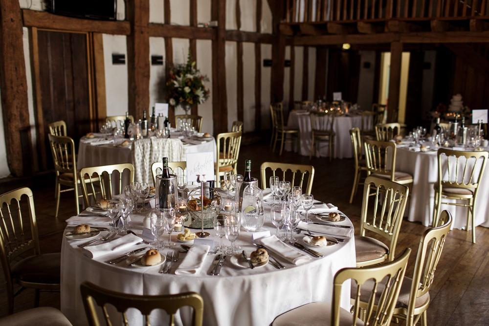 Tudor_Barn_Wedding_27