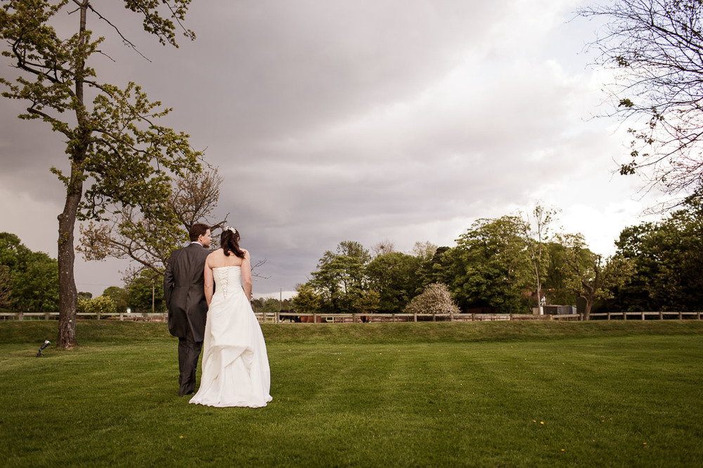 Tudor_Barn_Wedding_30