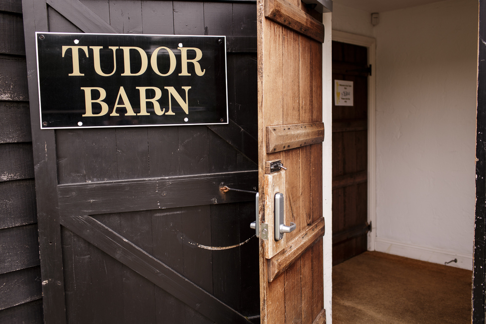 130511_The-Tudor-Barn_004.jpg