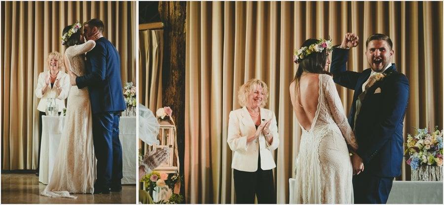 Bury-Court-Barn-Wedding-Photography_020.jpg