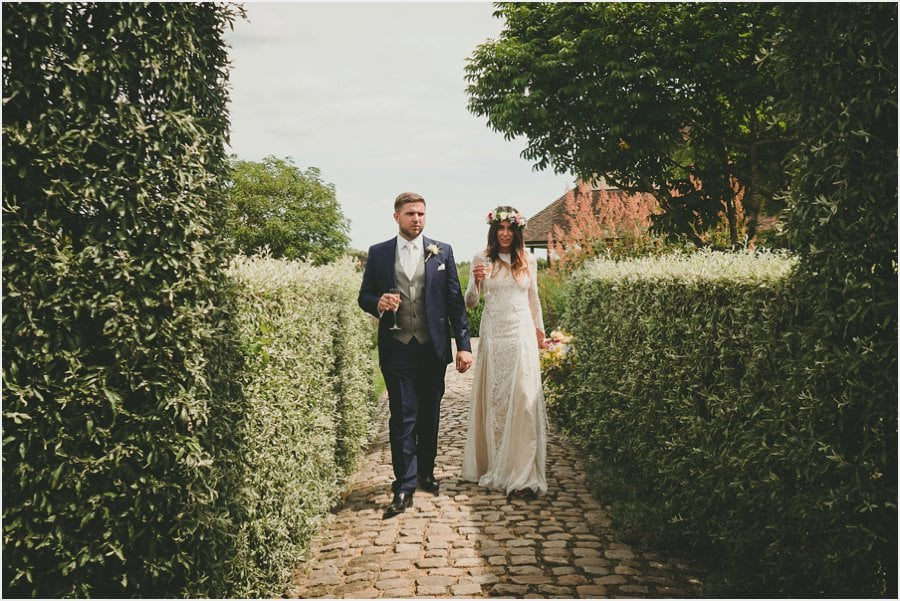 Bury-Court-Barn-Wedding-Photography_024.jpg