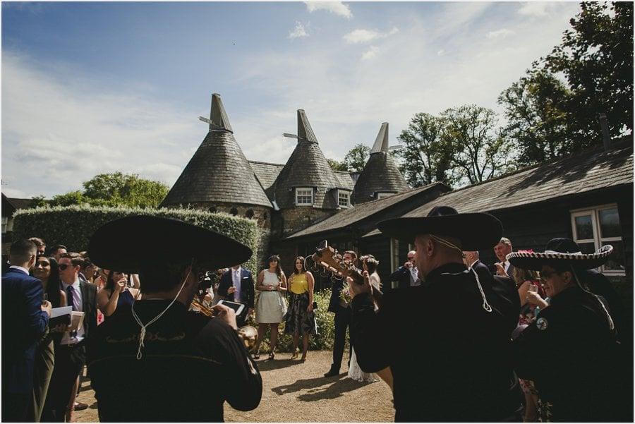 Bury-Court-Barn-Wedding-Photography_027.jpg