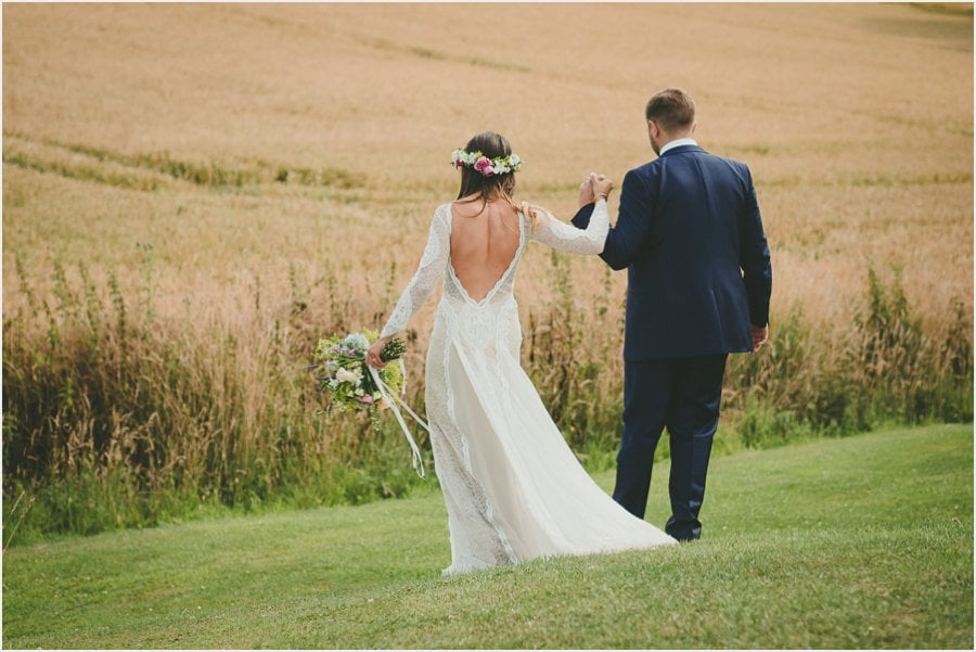 Bury-Court-Barn-Wedding-Photography_036.jpg