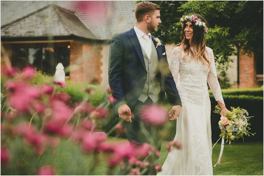 Bury-Court-Barn-Wedding-Photography_053.jpg