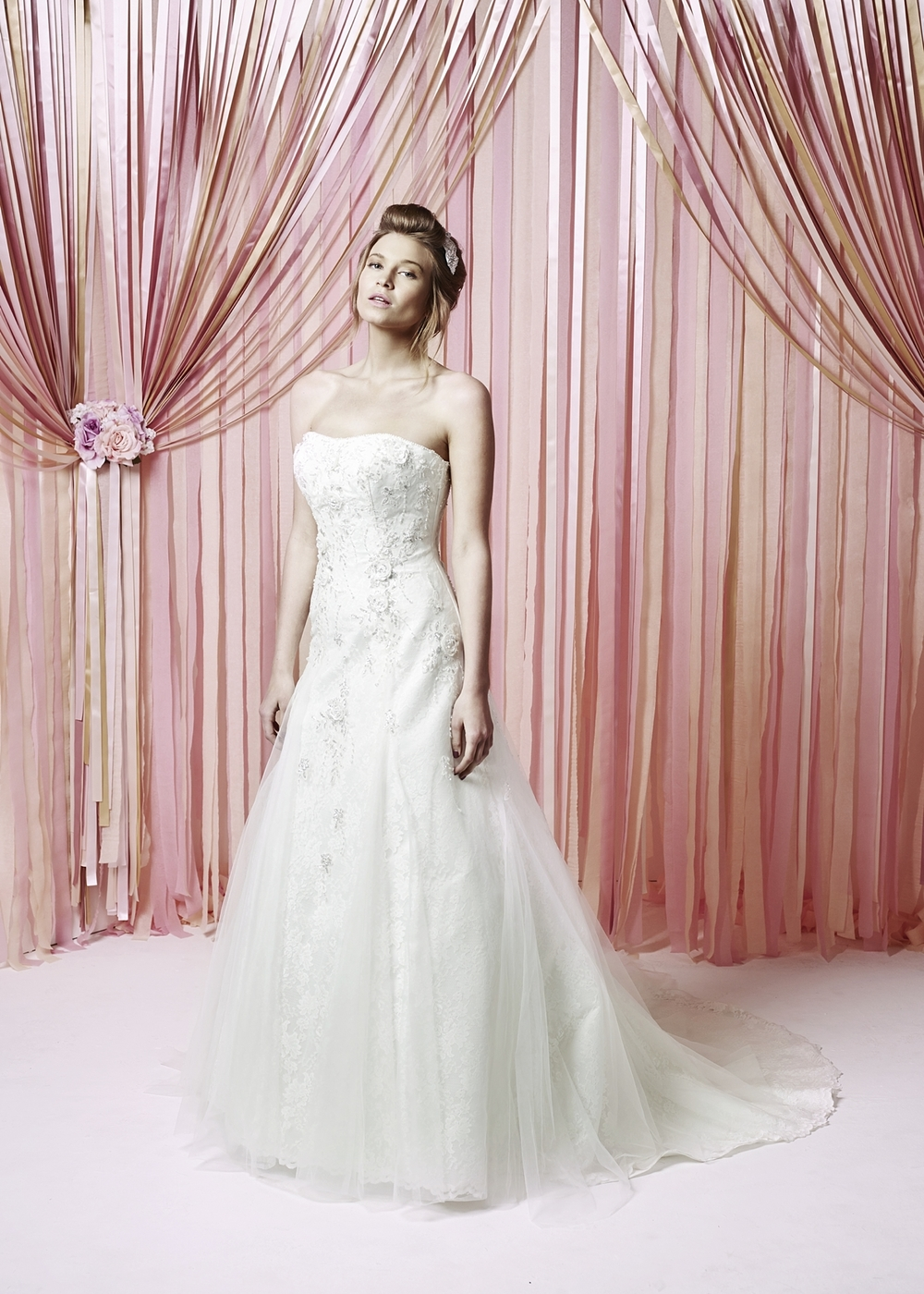 Daydream - Size 14  Was £1335 Now £550