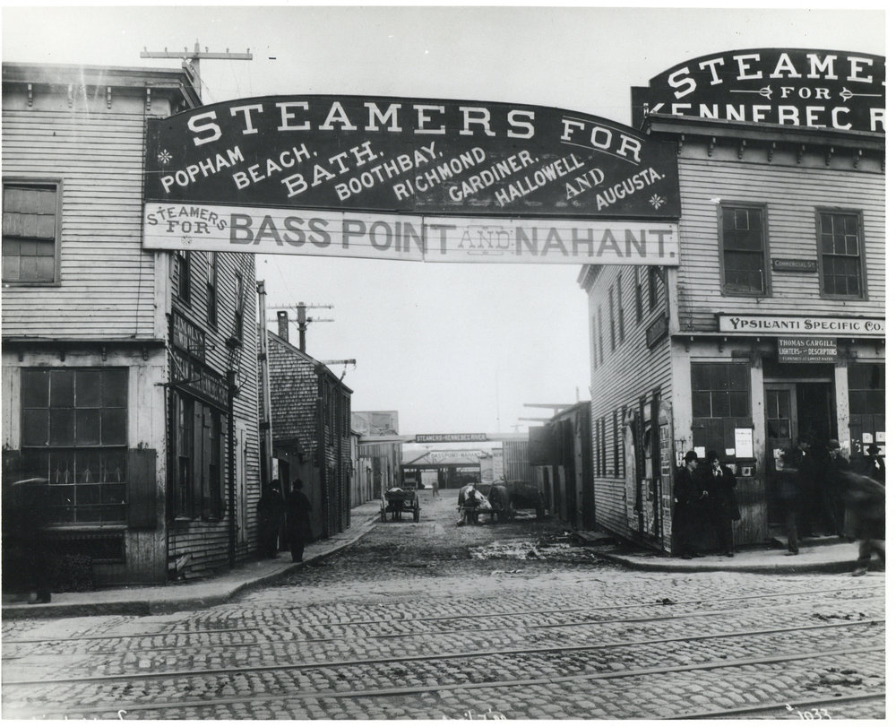 Lincoln Wharf, upper end, Steamers for Bass Point and Nahant, corner of Commercial Street and Battery Street | 1899