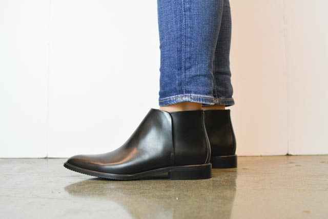 Everlane Modern Ankle Boots Review and Everlane Street Ankle Boots Review (1 of 8).jpg